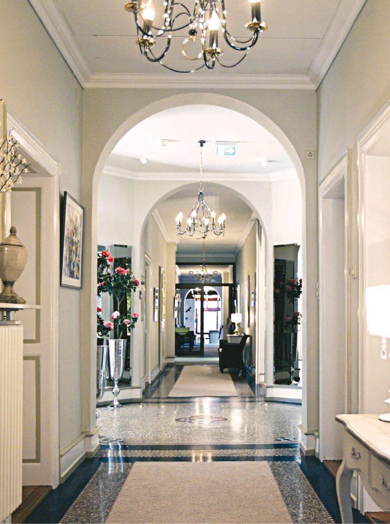 EW Villa Medica Germany - Clinic's Main Hall Entrance