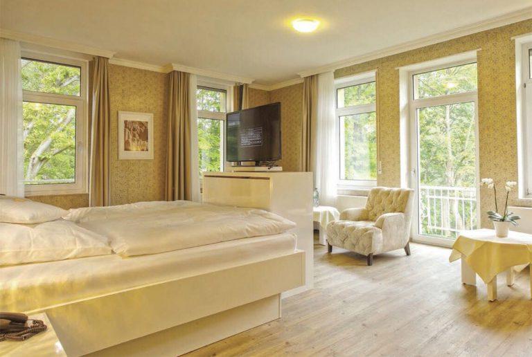 EW Villa Medica Germany - Deluxe Patient Room
